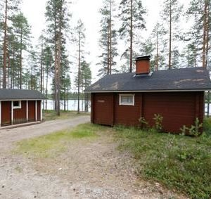 Peurajärvi/Jäkälä Eräkämppä
