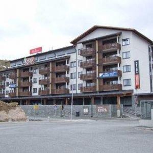 Ruka Ski Chalets 64 1502