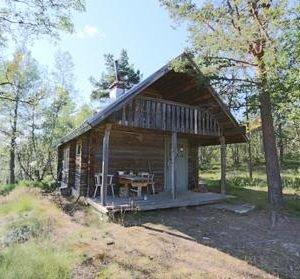 Suttijärvi Eräkämppä